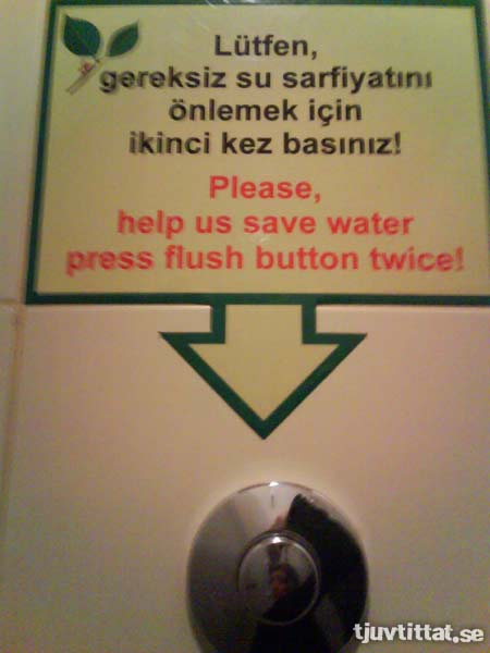 Toalett Istanbul skylt spola vatten