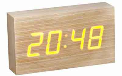 Wood clock från Coolstuff.se