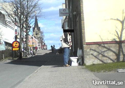 Pissa Nässjö toalett kiss